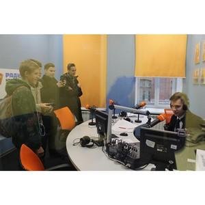 В рамках акции ОНФ «Неделя в профессии» школьники Петербурга познакомились с работой редакции газеты