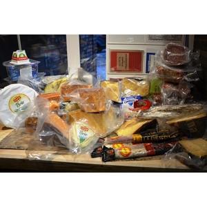 В Оренбурге выявлено 66 кг «санкционных» сыров и колбасы
