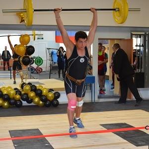 БФ «Сафмар» Михаила Гуцериева помог в ремонте зала тяжелой атлетики спортшколы г. Орска