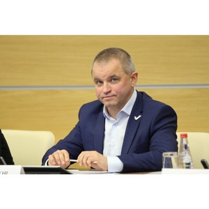 Руководитель исполкома ОНФ Алесей Анисимов переходит на другую работу
