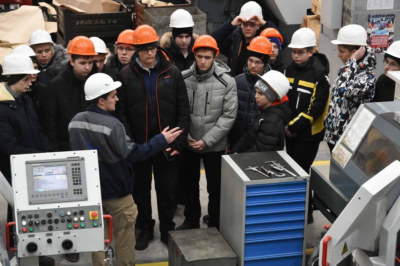 Машиностроительный завод имени М.И. Калинина запустил новый профориентационный проект