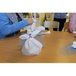 Активисты ОНФ в Югре провели мастер-класс по изготовлению рождественских ангелов