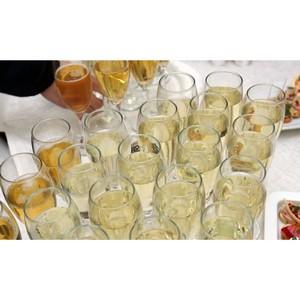 В Винный гид России войдет шампанское разных видов восьми российских виноделен
