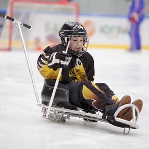 БФ «Сафмар» Михаила Гуцериева поддержал детский турнир по хоккею следж в Удмуртии