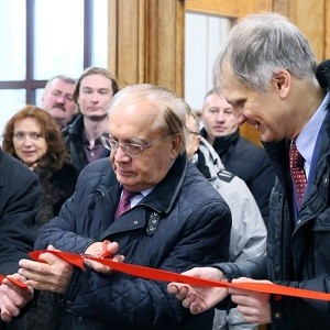БФ «Сафмар» Михаила Гуцериева помог в реставрации легкоатлетического манежа МГУ