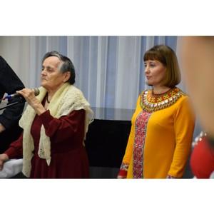 Искусство пейзажной живописи и национальной вышивки представлено в Доме дружбы народов Чувашии