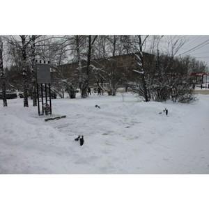 ОНФ в Коми в рамках акции «Снежный фронт» привел в порядок занесенный снегом мемориал в Сыктывкаре
