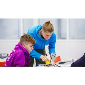Бионический протез и робот-исследователь: как школьники работают в «зонтиках»