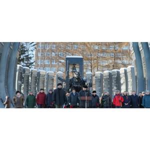 В митинге почтили память погибших уральцев
