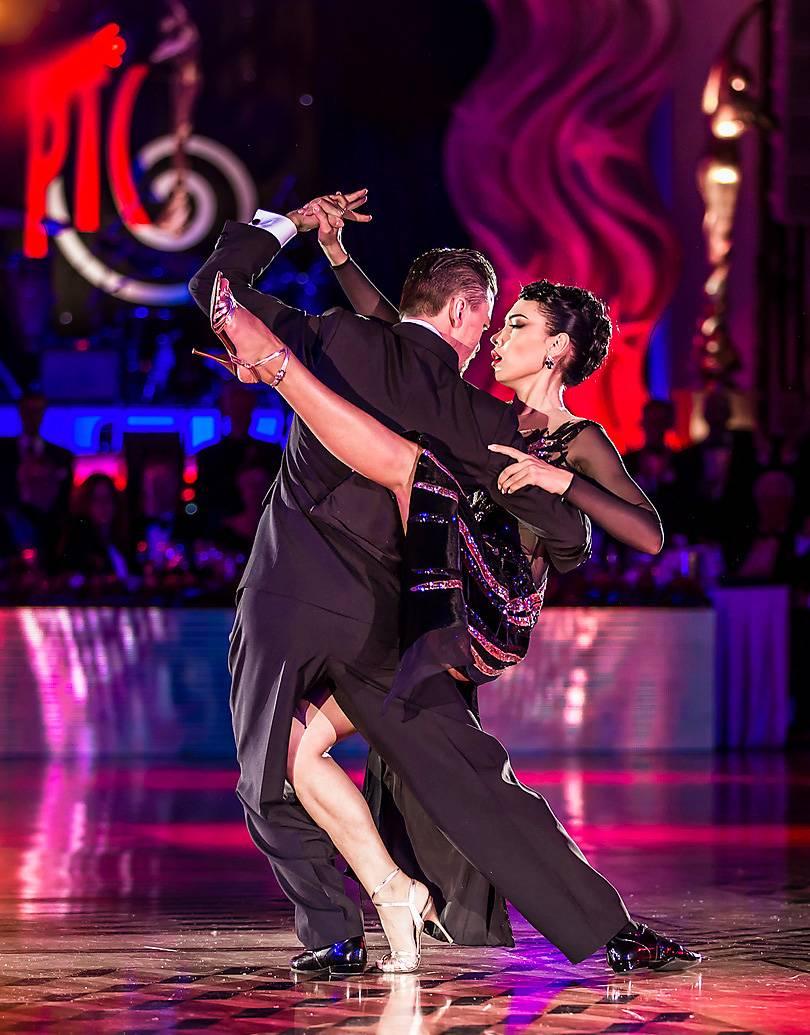 Танцуют профессионалы! Чемпионат Европы WDC 2019 по латиноамериканским танцам. Кремль