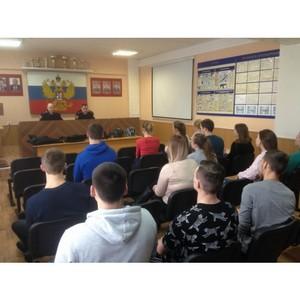 «Молодежка ОНФ» в Коми организовала для сыктывкарских студентов акцию «В армию на денек»