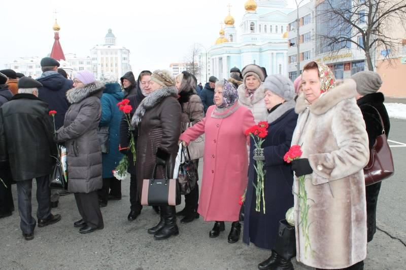 Активисты ОНФ в Мордовии почтили память воинов-интернационалистов