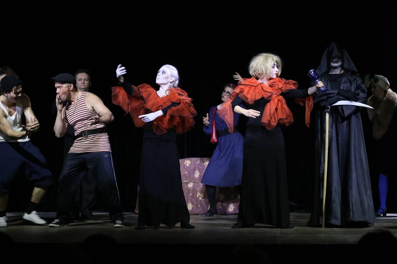 Шоу «Параллельные люди» - захватывающий спектакль с тонким смыслом