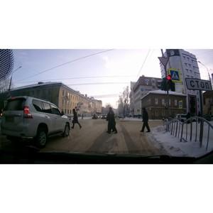 ОНФ в Коми добился привлечения к ответственности водителя внедорожника, грубо нарушившего ПДД