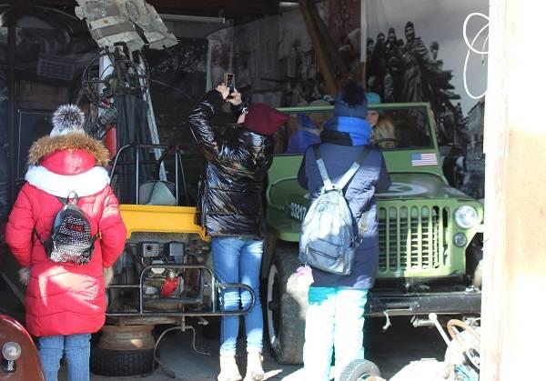 Активисты ОНФ познакомили школьников Петропавловска-Камчатского с историей автомототехники