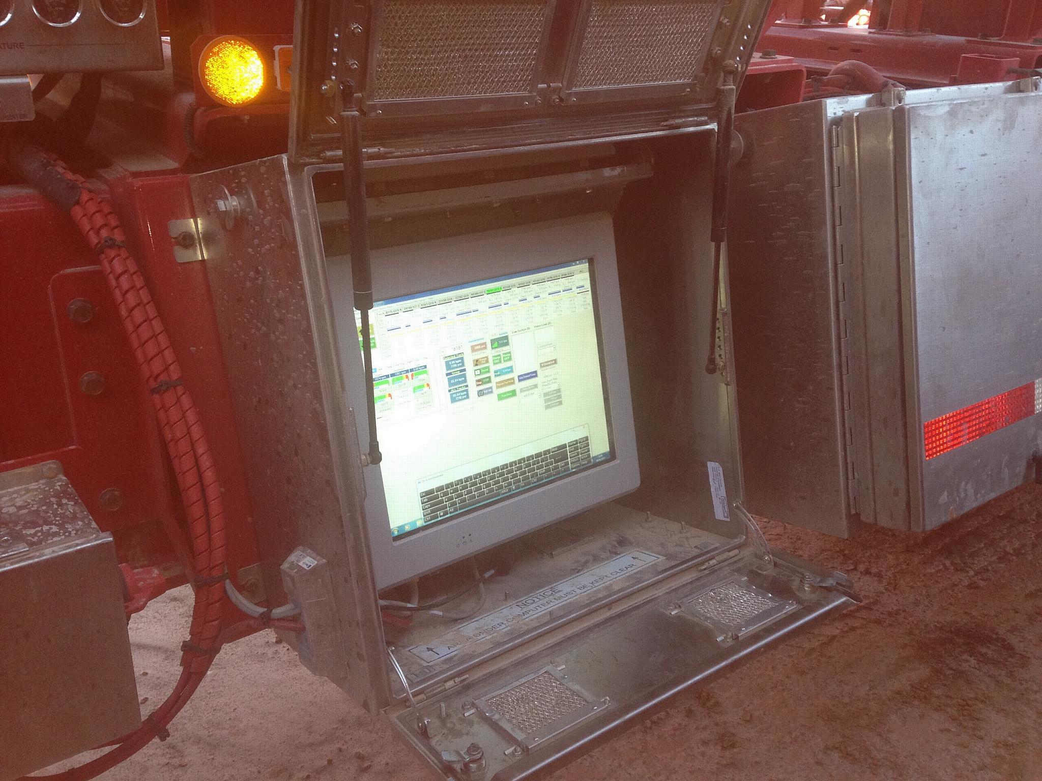 """Промышленный компьютер 19"""" HMI Elements 1302-Sa для экстремальных температур эксплуатации"""