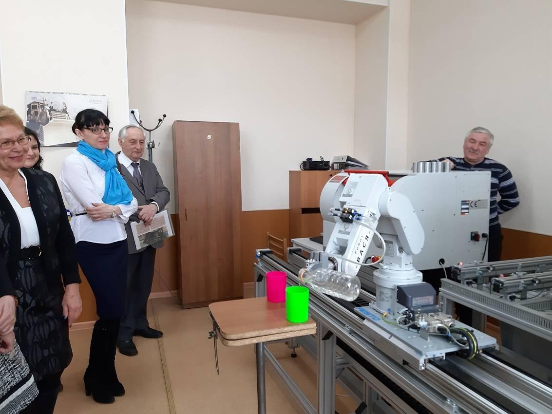 Преподаватели Новоуральского технологического института НИЯУ МИФИ в составе экспертной комиссии