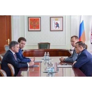 Глава РМЭ А. Евстифеев и гендиректор МРСК Центра И. Маковский обсудили перспективы электроэнергетики