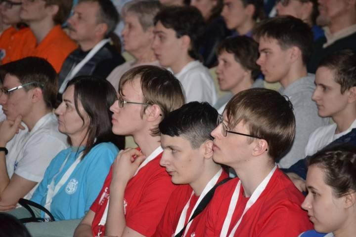 В Томске открыт заключительный этап Всероссийской олимпиады школьников по физике!