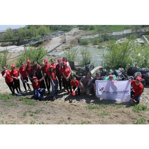 «Молодёжка ОНФ» в Кабардино-Балкарии провела субботник по очистке береговой линии реки Нальчик