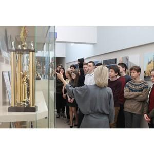 Волгоградские активисты ОНФ провели для школьников экскурсии на предприятия региона