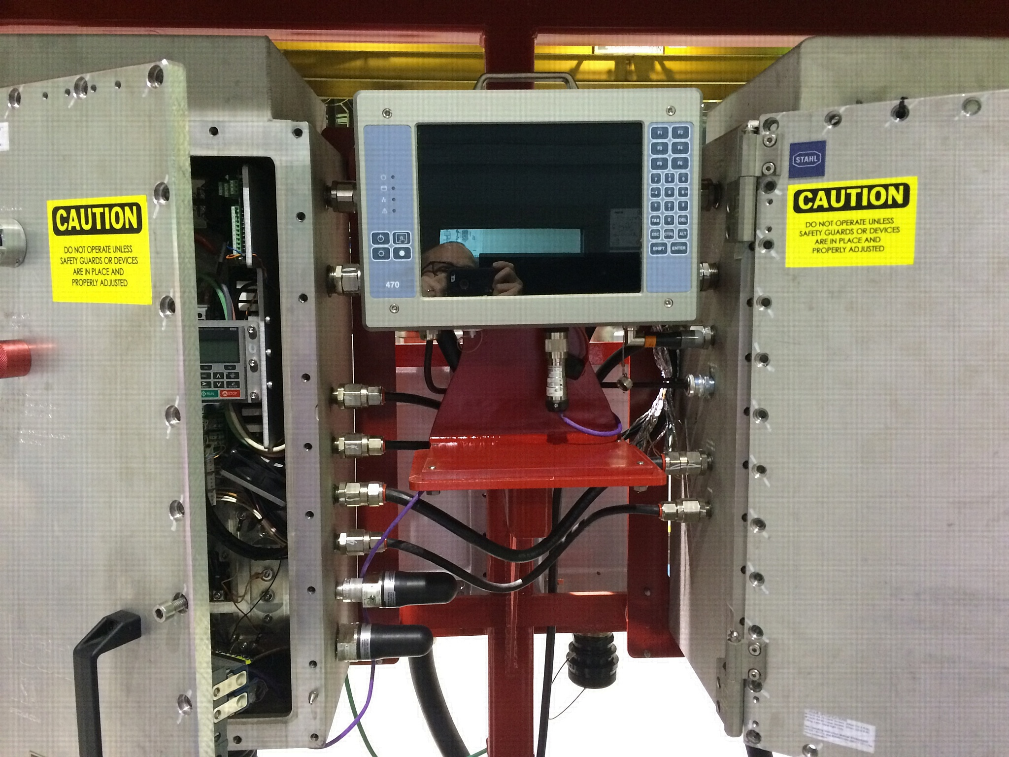 HMi Elements 470-Z1-взрывозащищенный компьютер нового поколения