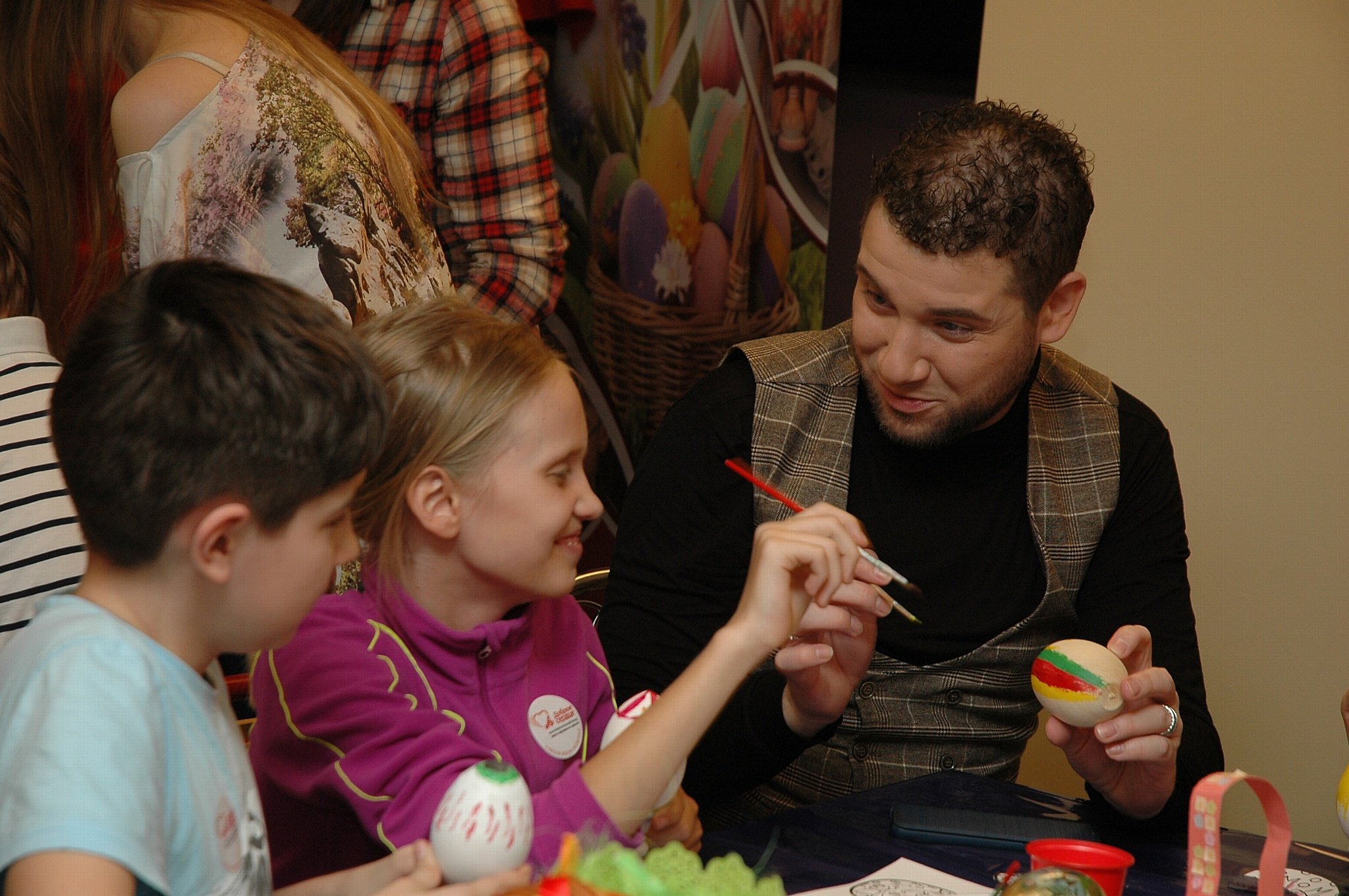 Фонд «АиФ. Доброе сердце» провел мастер-классы для маленьких пациентов Морозовской больницы