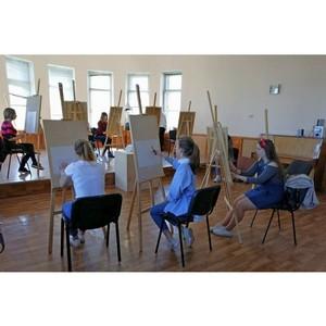 Абитуриенты сдали пробный творческий экзамен в СевГУ