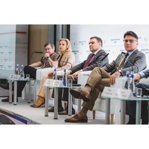 На медиафоруме ОНФ региональные журналисты вместе с законодателями и Роскомнадзором обсудили угрозы «фейковых» новостей
