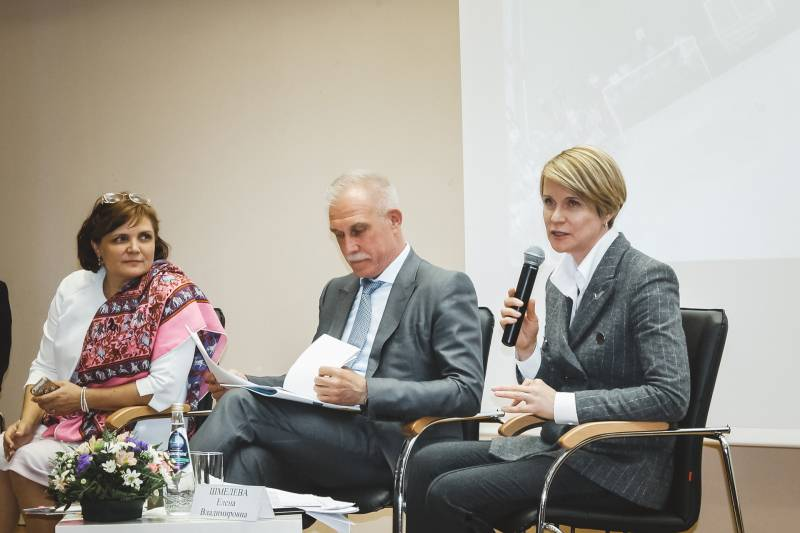 В Ульяновске Елена Шмелева обсудила с экспертами ОНФ меры усиления общественного контроля за строительством социальных объектов