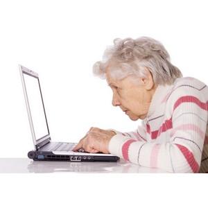 12 пенсионеров приняли участие в региональном этапе чемпионата по компьютерному многоборью