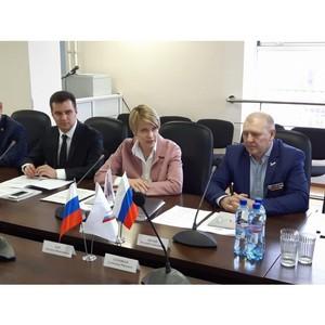 Елена Шмелева рассказала якутским коллегам о задачах ОНФ по повышению качества жизни населения Российской Федерации