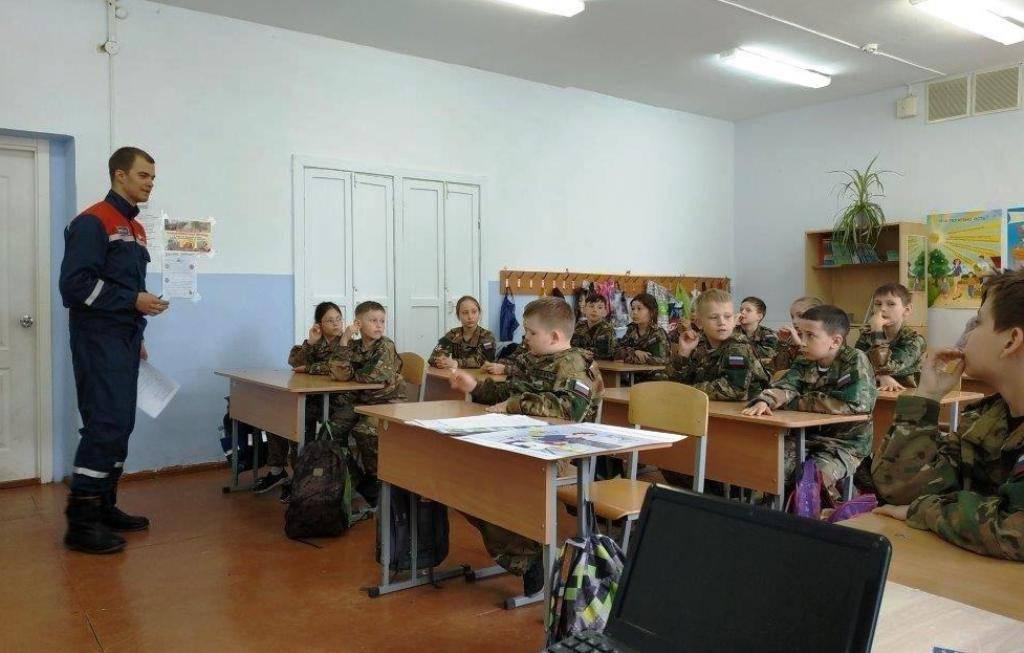 """""""дмуртэнерго желает школьникам энергобезопасных каникул"""