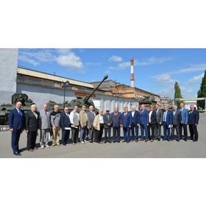 Уралтрансмаш посетили члены Экспертного совета при Министерстве промышленности и науки СО
