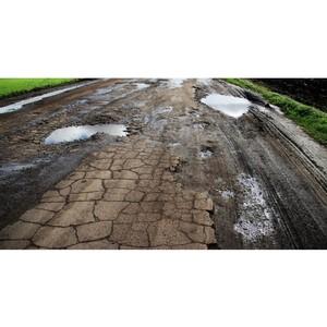 Опрос ОНФ: Больше всего автомобилисты недовольны дорожным покрытием, качеством уборки и разметки