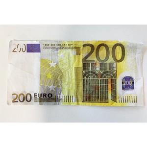 """Финская полиция расследует использование """"шуточных"""" денег с надписями на русском языке"""