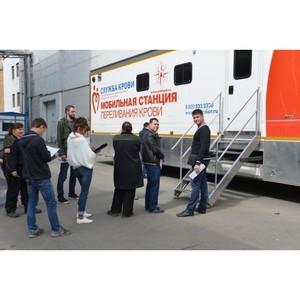 34 работника Уралтрансмаша впервые приняли участие в «Дне донора»