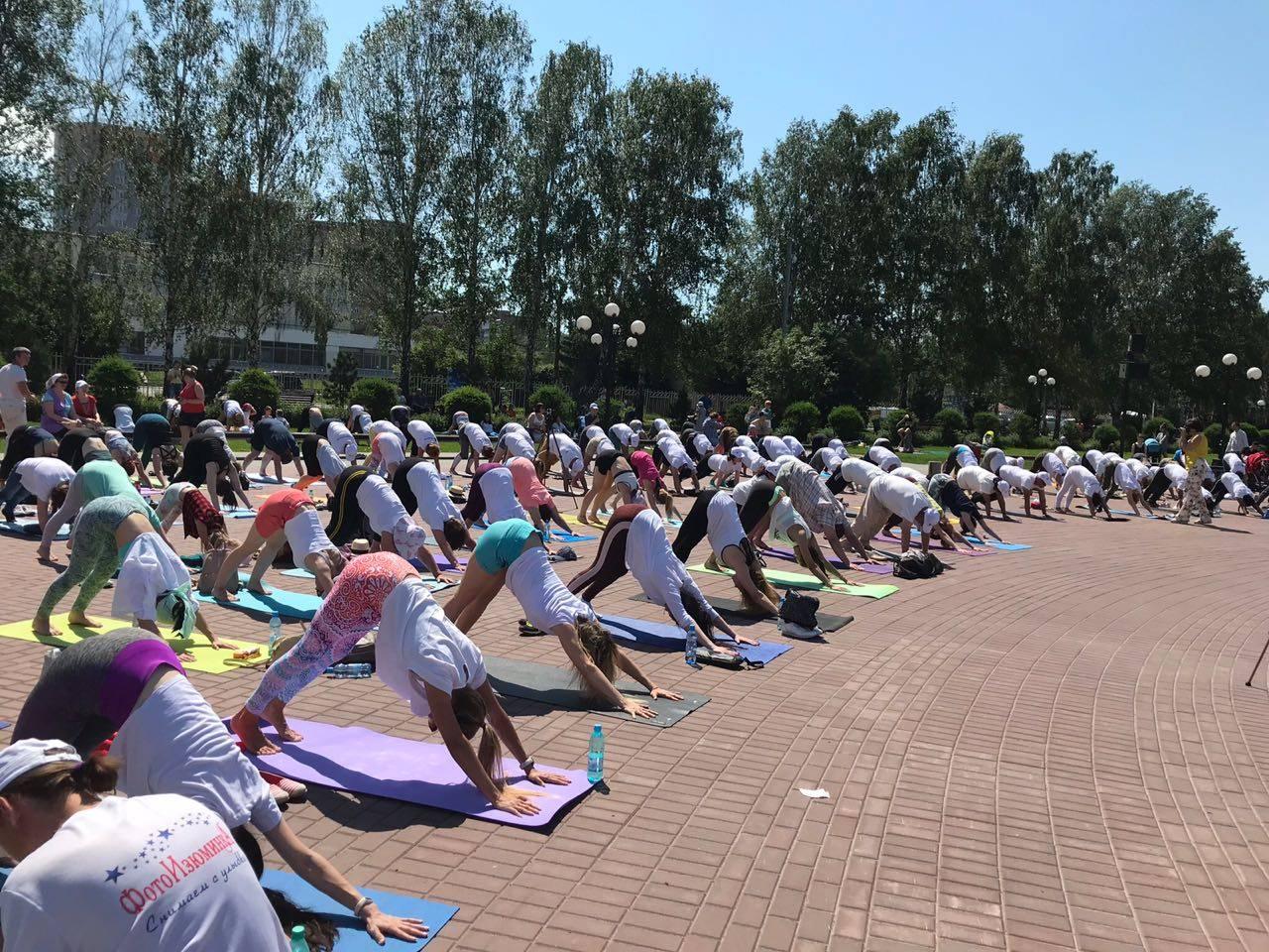 Посольство Индии в России проводит 5 Международный день йоги в России
