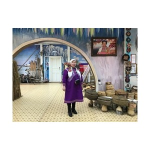 «Аганнефтегазгеология» оказала благотворительную помощь центру народных промыслов и ремесел