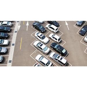 ≈фимов: Ќужно отказатьс¤ от платных парковок в жилых массивах