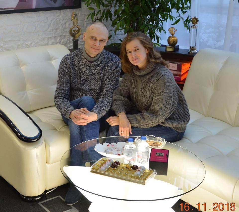 Актриса Катерина Шпица поделилась секретами красоты благодаря ручной пластике.