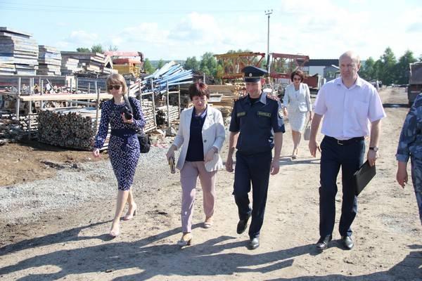 Уполномоченный по правам человека в Кузбассе познакомилась с работой исправительного центра
