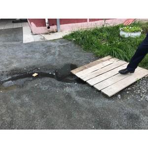 ОНФ обратил внимание властей на необходимость устранить недостатки в доме для переселенцев в Эссойле