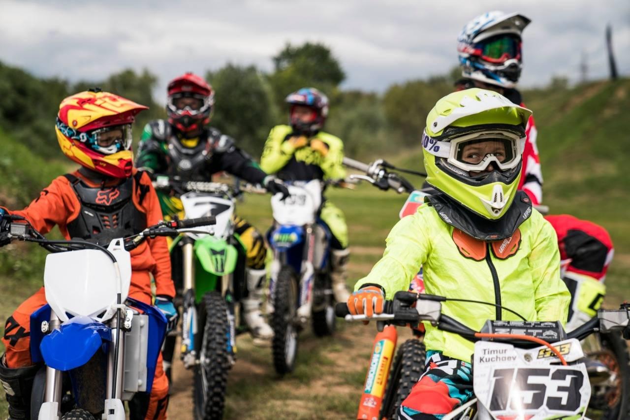 Летний лагерь по фристайл-мотокроссу Motul Kolesnikov FMX Camp завершился