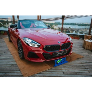 «Балтийский лизинг» выступил партнером презентации нового родстера BMW Z4
