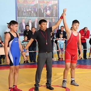 В с.Ташла БФ «Сафмар» помог провести детский турнир по борьбе