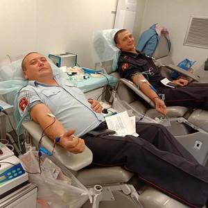В пос. Алексеевское РТ сотрудники Росгвардии приняли участие в сдаче крови