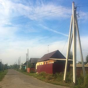 Саратовские энергетики реконструируют электрические сети в поселке Романовка