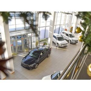 Топ самых новогодних автомобилей