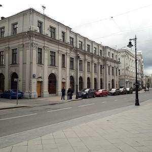 Аукцион по продаже здания МИнБанка в центре Москвы продлен